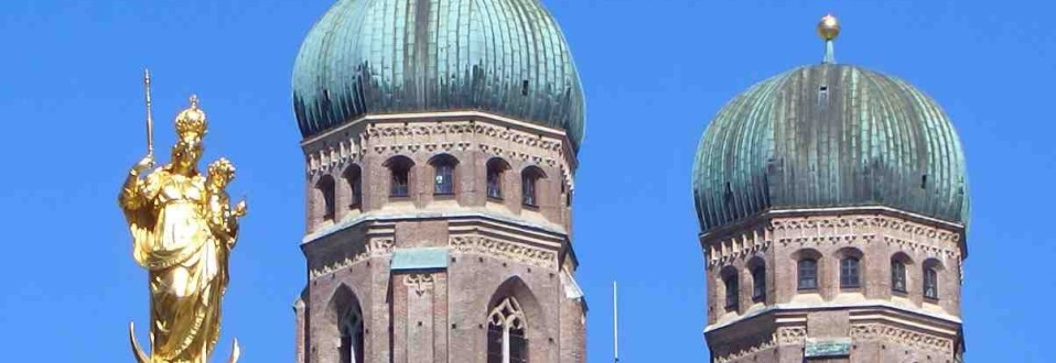 Frauenkirche_München_Türme_slider